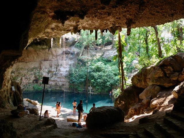 Chichen-Itza cenote tour off the beaten path